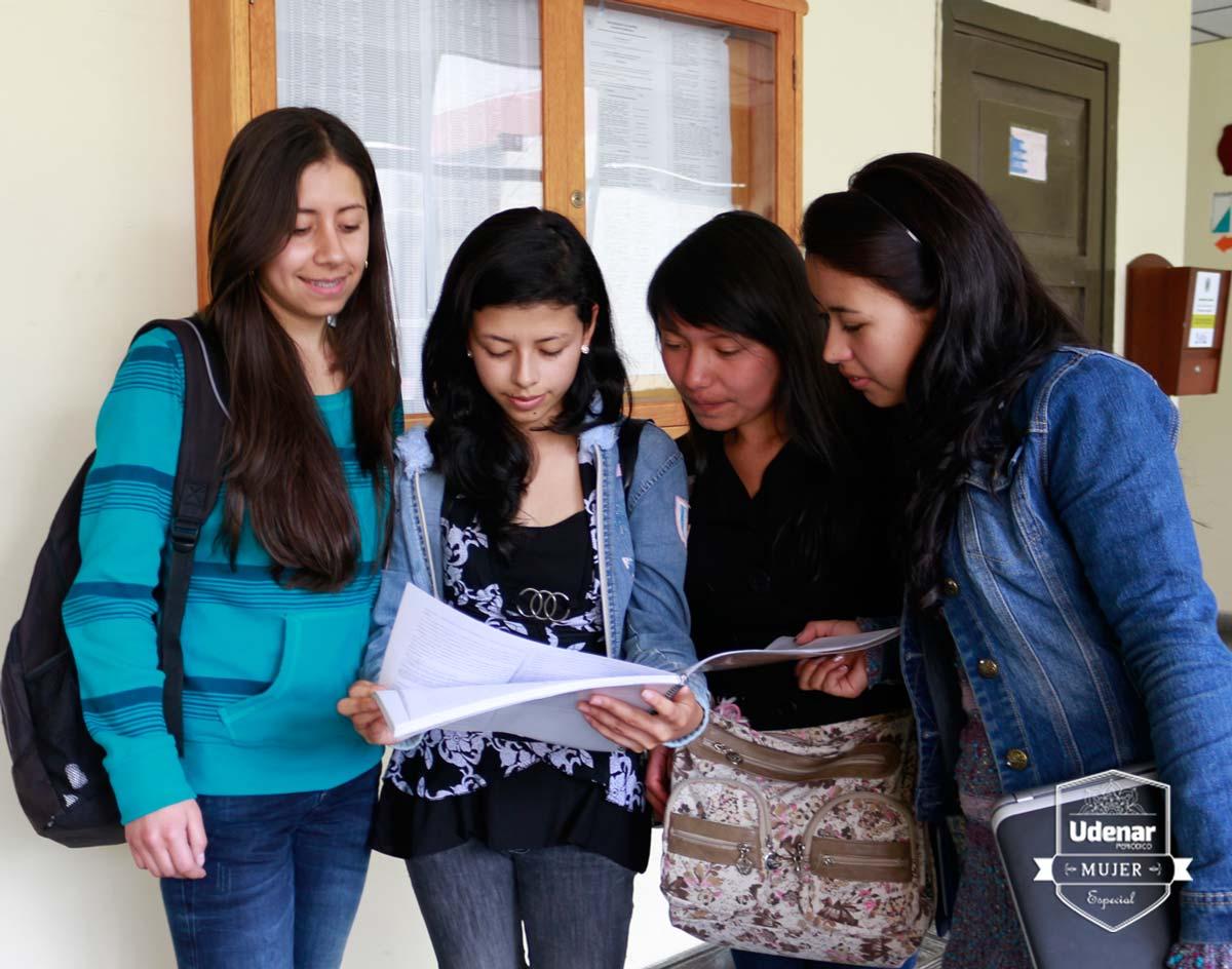 estudiante-edicion-mujer-1-udenar-periodico
