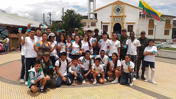 http://periodico.udenar.edu.co/wp-content/uploads/2017/04/policarpa-juventud-y-policia-experiencia-enquiryP_20170330_113344.jpg