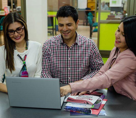 https://periodico.udenar.edu.co/wp-content/uploads/2021/04/estudiantes-facea-udenar-periodico.jpg